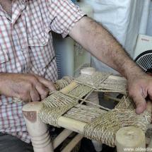 صناعة كراسي القش